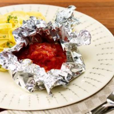 Tomaattiset feta-juustonyytit