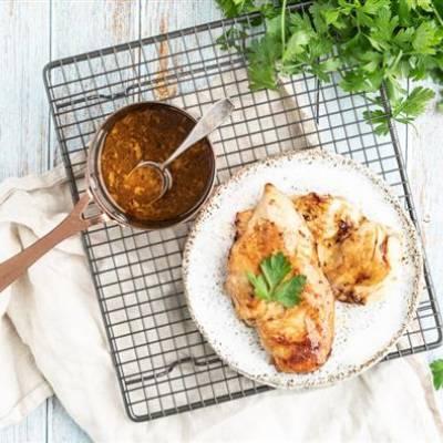 Tyrni glasyyri eli grillausöljy siipikarjalle, kalalle, äyriäisille, kasviksille ja vaalealle lihalle