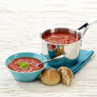 Kevyt tomaattikeitto