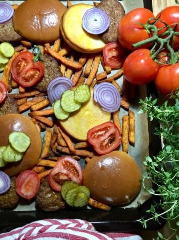 Hampurilaispelti astetta isompaan nälkään