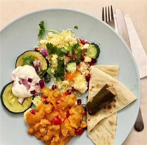Lähi-idän lautanen illanistujaisiin